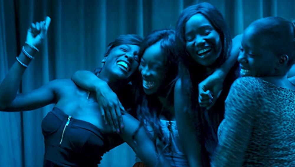 Μια από τις ωραιότερες σκηνές της χρονιάς ανήκει στα «Κορίτσια» της Σελίν Σιαμά
