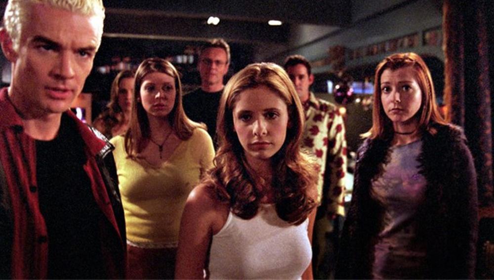 20 χρόνια «Buffy: The Vampire Slayer»: Οι ατάκες, τα επεισόδια, τα outfits