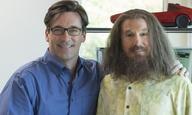 «Clear History»: δείτε το τρέιλερ της νέας κωμωδίας του ΗΒΟ με Λάρι Ντέιβιντ και Τζον Χαμ