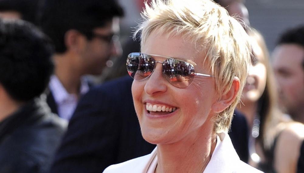 Η Ελεν ΝτιΤζένερις παρουσιάστρια των Oscars 2014